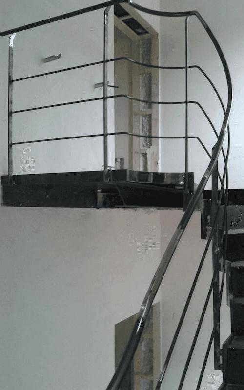 corrimano per scale in ferro
