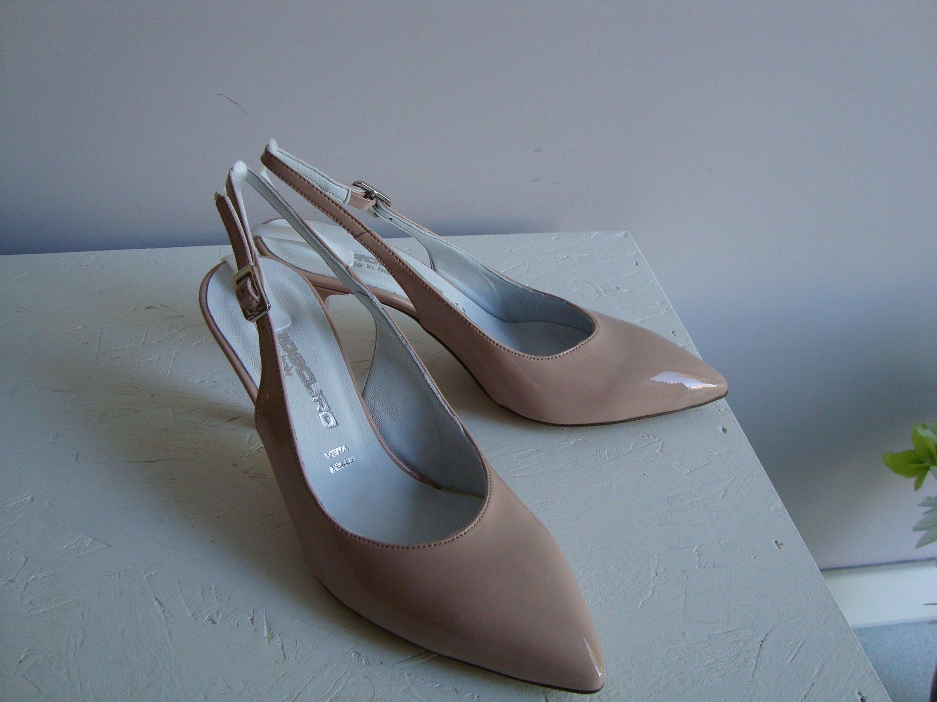 scarpa aperta donna