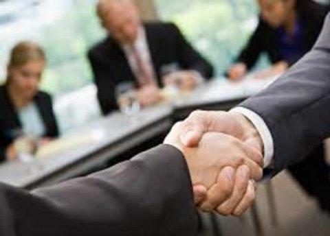 stretta di mano accordo