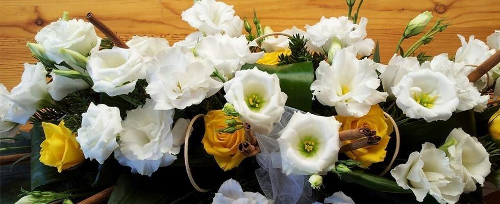 Addobbi, bouquet, mazzi di fiori, fiori recisi, fiori freschi, articoli da regalo, idea regalo, Rieti