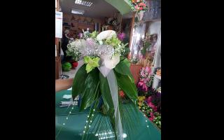 fioristi, addobbi flroeali per ogni occasione, Addobbi per cerimonie, addobbi per matrimoni, Addobbi per ristoranti, addobbi per chiese, addobbi per cerimonie, bouquet, bouquet sposa, addobbi floreali, Rieti