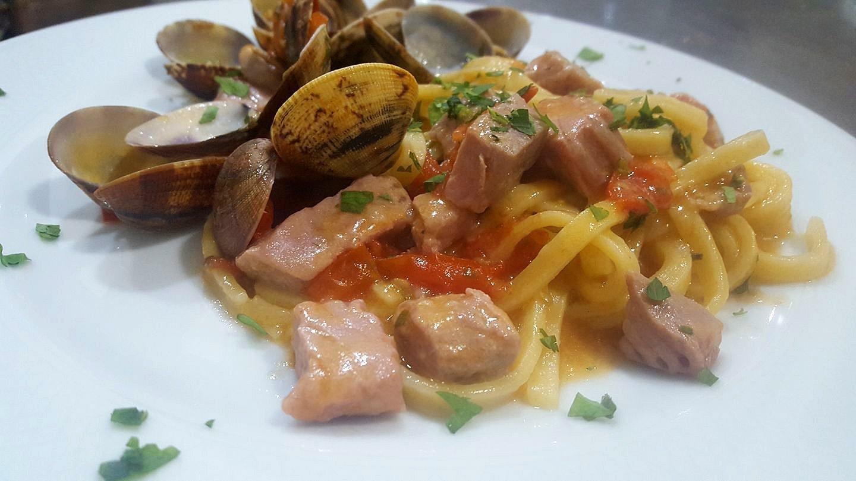 Primo piatto ai frutti di mare - Ristorante Pizzeria 081 - Nola, Napoli