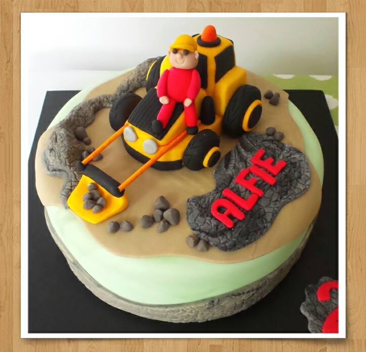JCB-Tractor-Cake