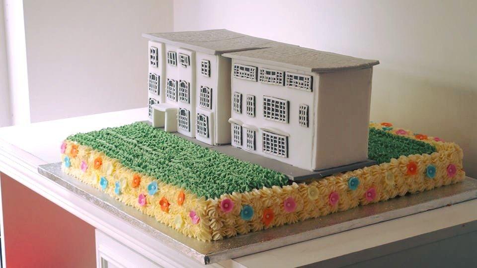 Building Model Cake