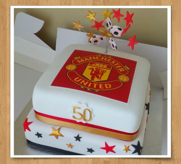 Manchester Utd Football Cake