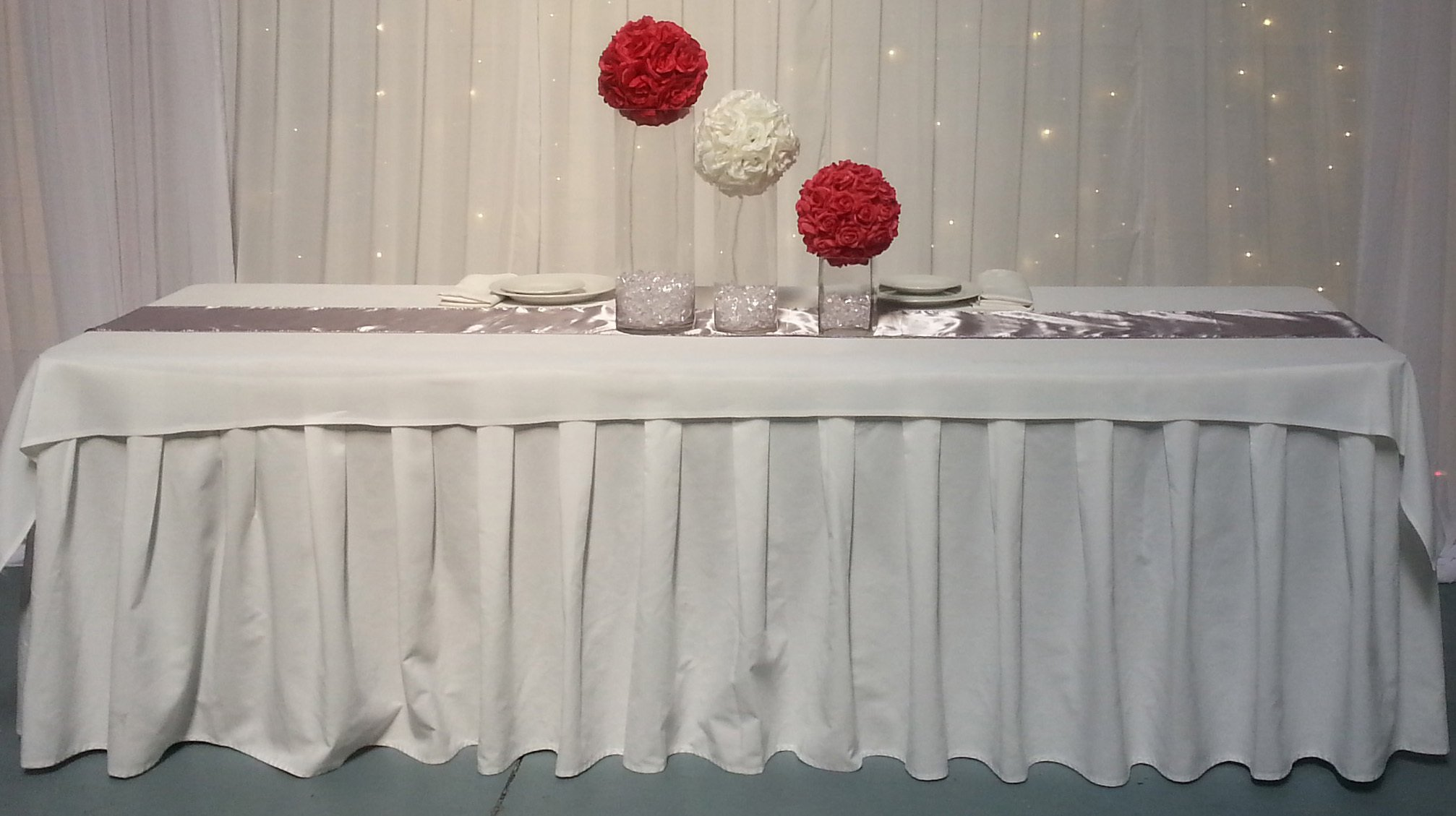 Cotton table skirt available in Black and white in various sizes