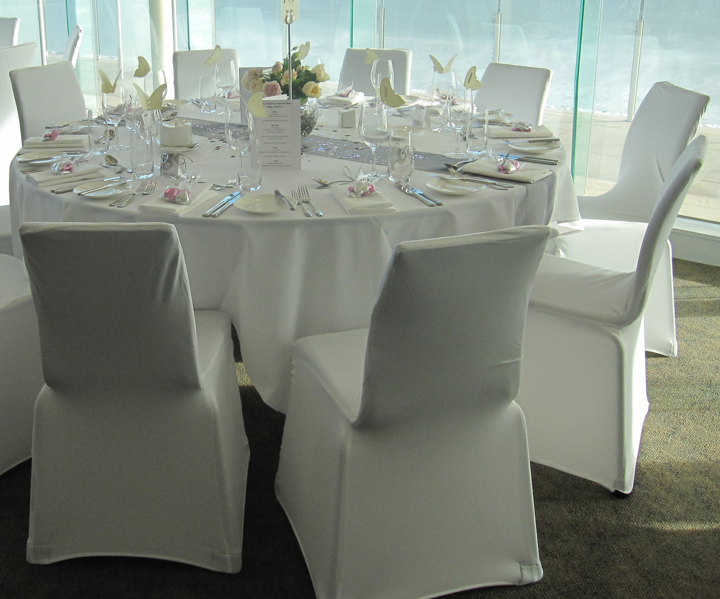 Standard tablcloth and white lycra chair covers