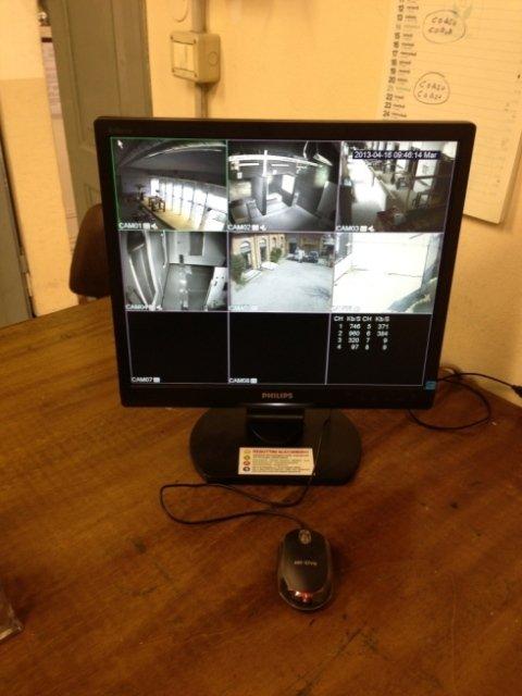 monitor controllo videosorveglianza