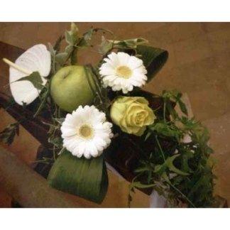 allestimenti per cerimonie con frutta e fiori