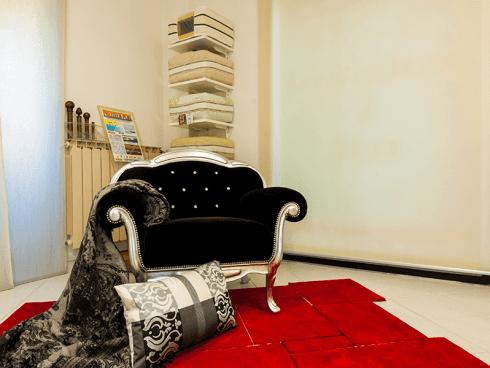 rivestimento poltrone, cuscineria, materassi, tende a pannello, tappeti moderni pisa