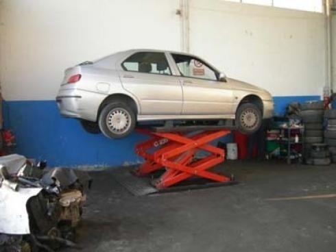 smontaggio parti auto