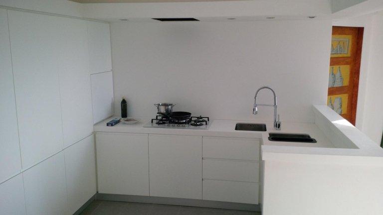 cucina su misura laccata bianca