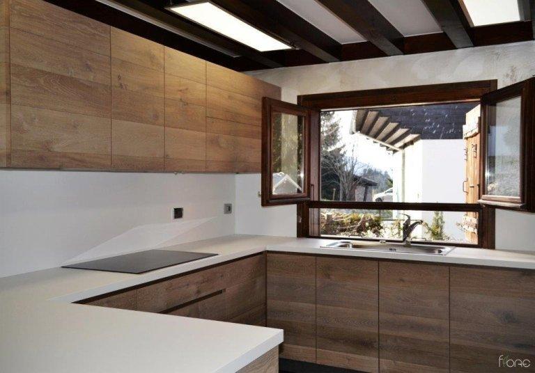 cucina su misura in legno di rovere