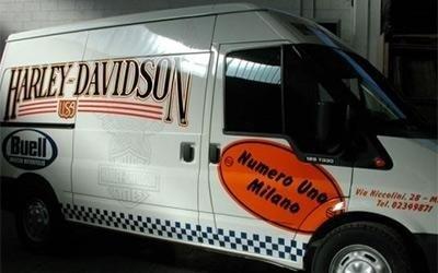 scritte decorative furgone