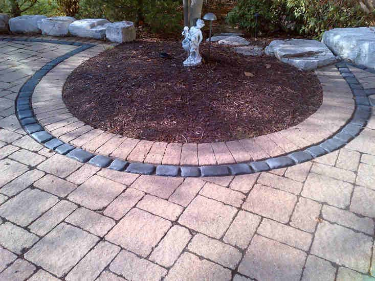 Brick Paver Sidewalk with Circle Design