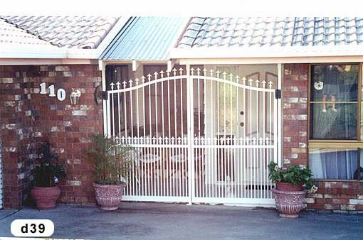 White roll top gates