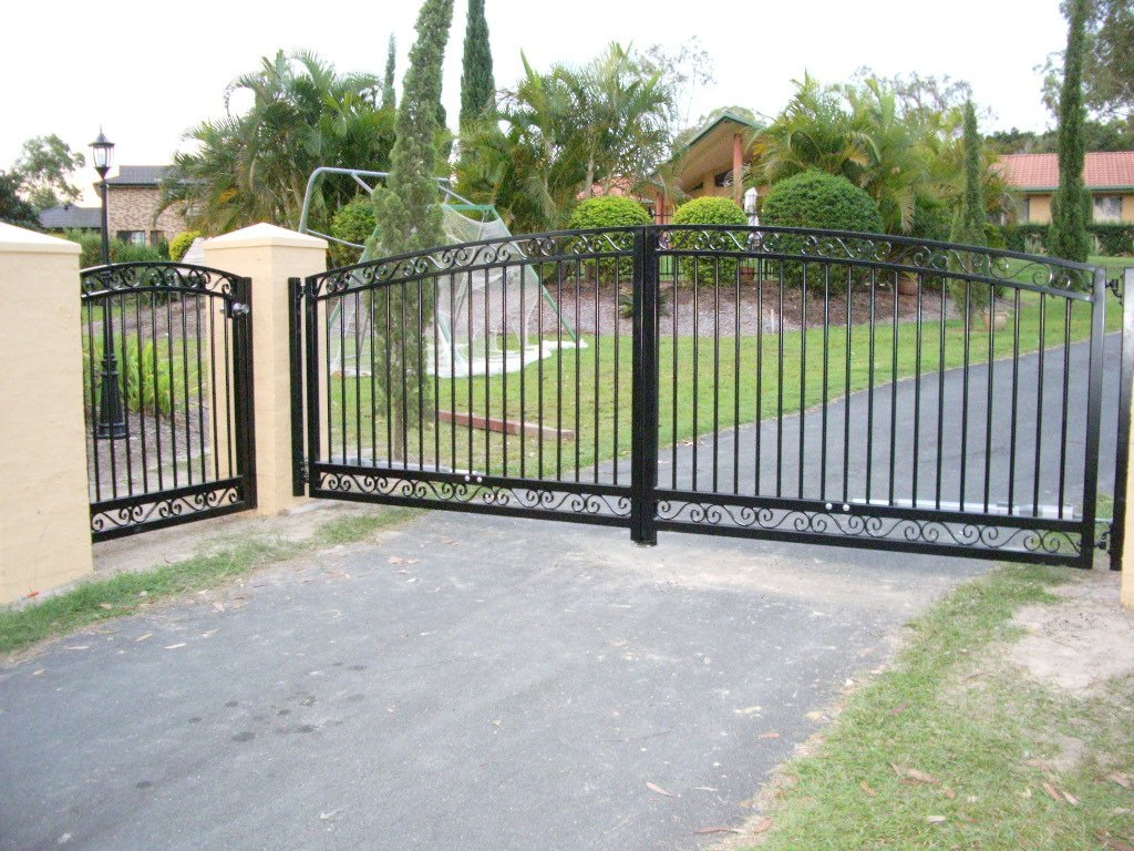 Black color custom gate
