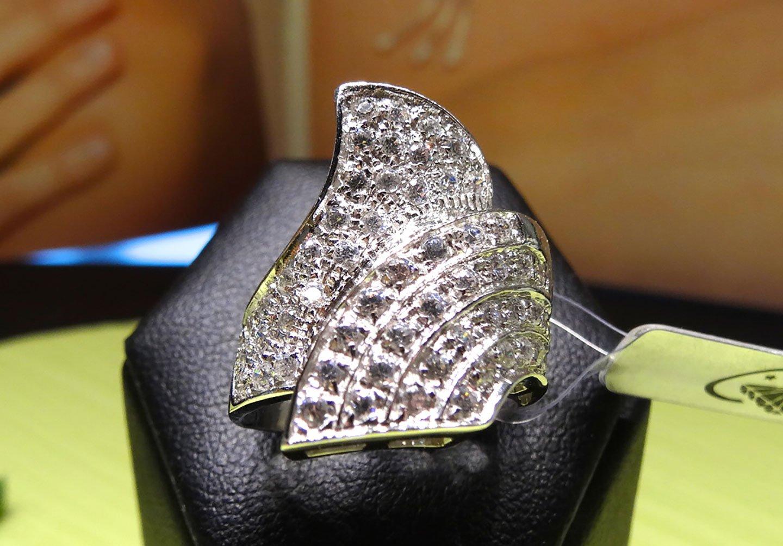 Gioielli e diamanti dell'Outlet dei Gioielli a Rimini