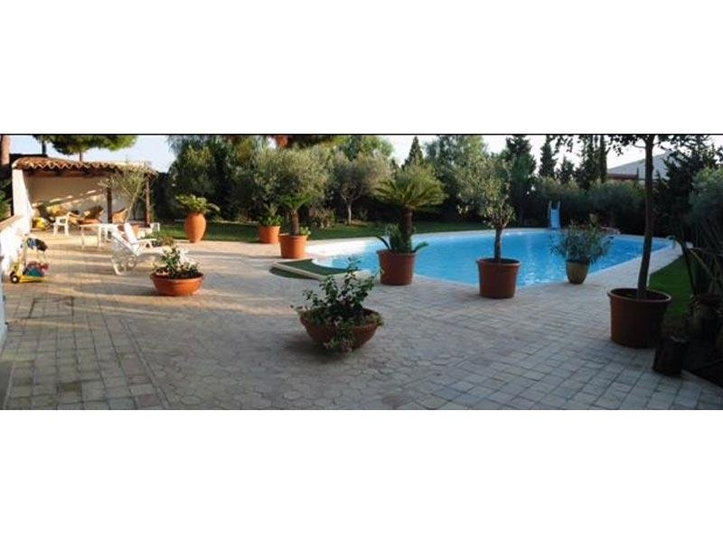 Rivestimento pavimento terrazzo da piscina