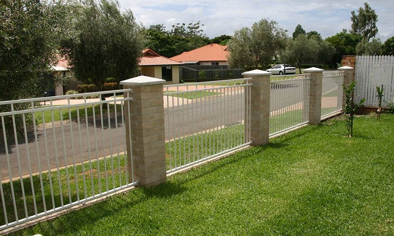 simple boundary fences