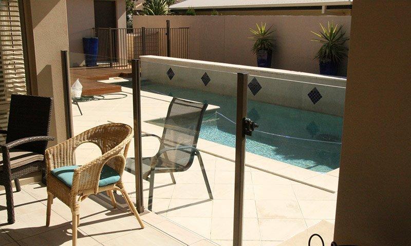 topdog glass pool fences