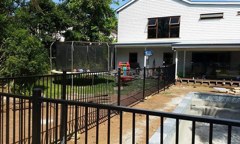 topdog aluminium pool fences