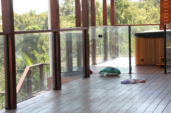 outdoor balustrades
