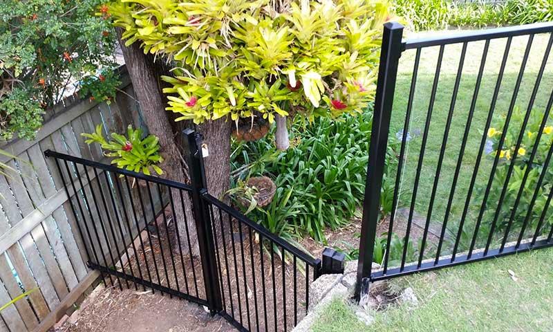 aluminium garden fencing