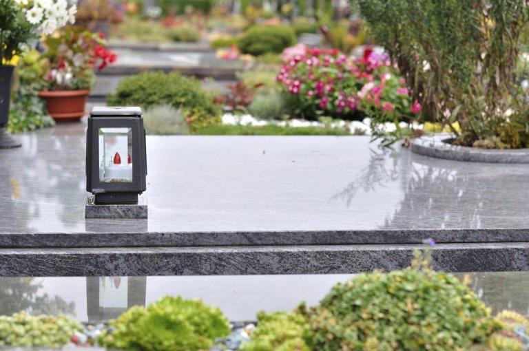 Sepoltura in cimiteri