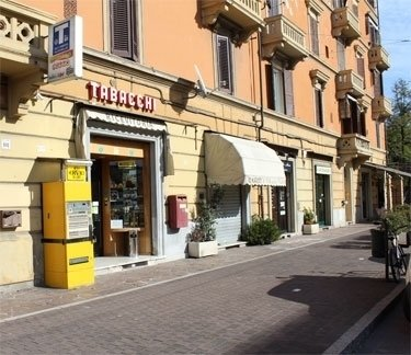 distributore self service tabacchi