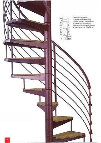 una scala a chiocciola in metallo di color viola