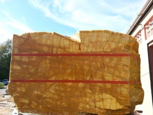 Stonetech lavorazioni blocchi di marmo