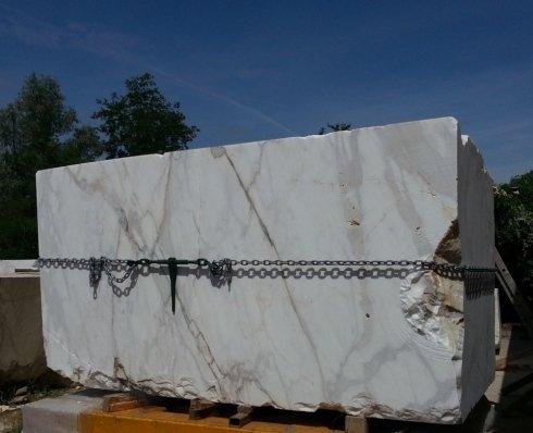 Lavorazioni blocchi di marmo