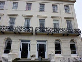 Decorators - Cheltenham, Gloucestershire - G & R Hyett Painters & Decorators - Painted Wall