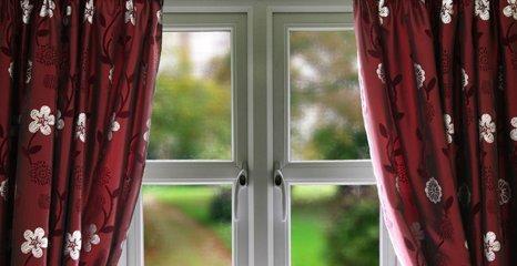 maroon curtains