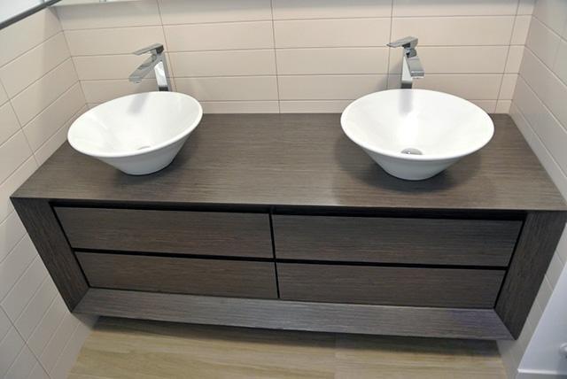 arredo bagno legno su misura