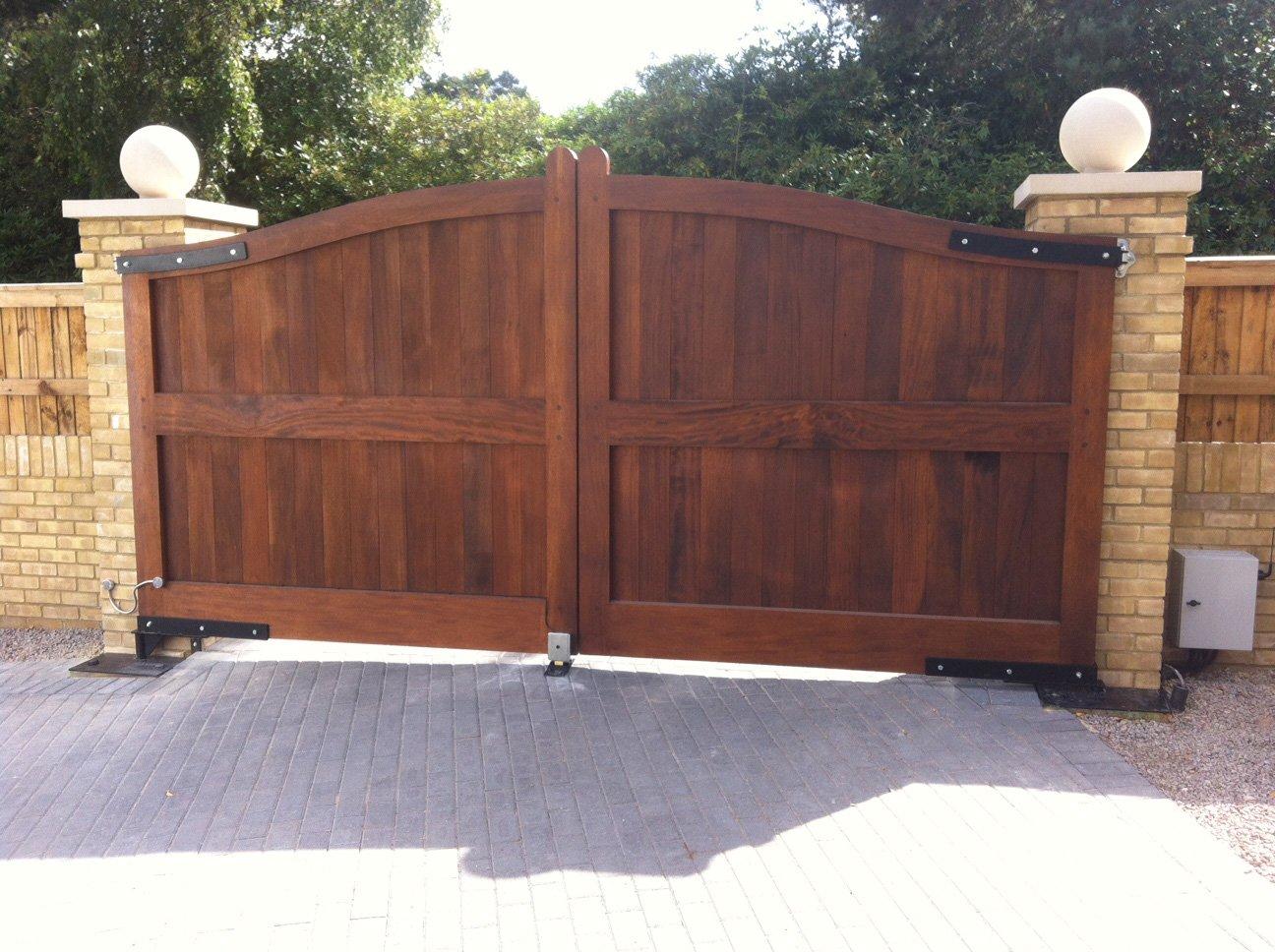 dark brown wooden gate