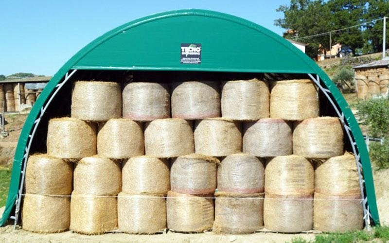 Hay storage tunnel
