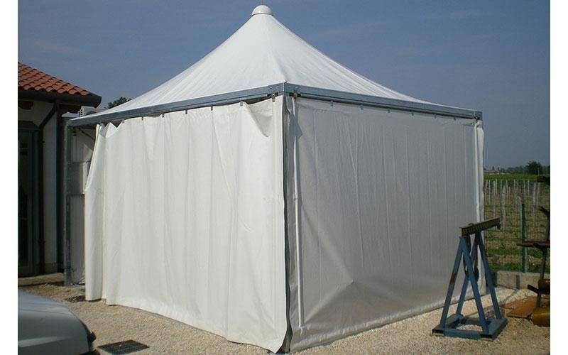 Pavillon weiß