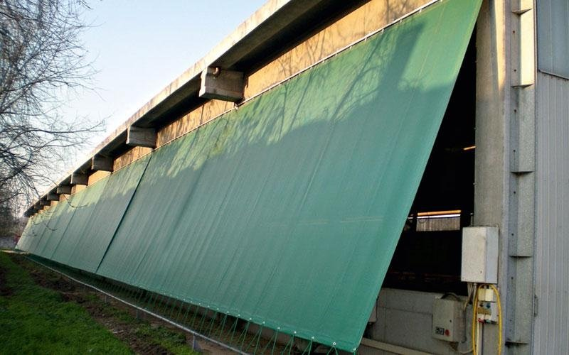 Mobile windbreak nets