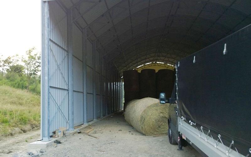 Lagerhallen aus Blech