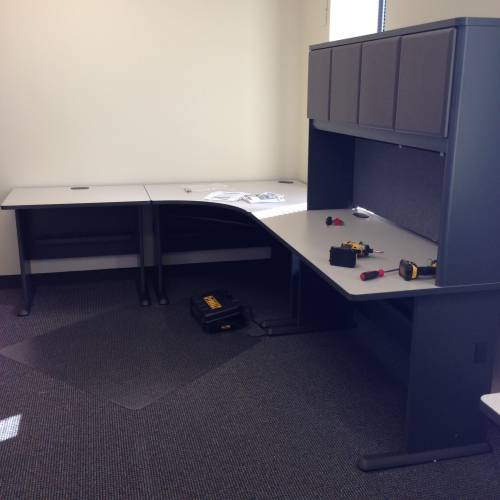 knoll office l shaped desk with hutch assembly service in Catonsville MD