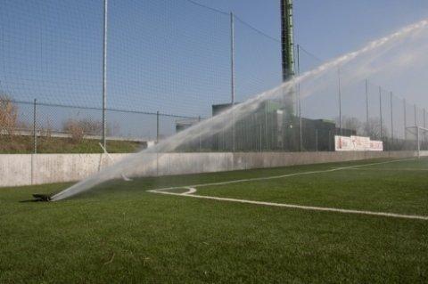 irrigazione campo da calcio