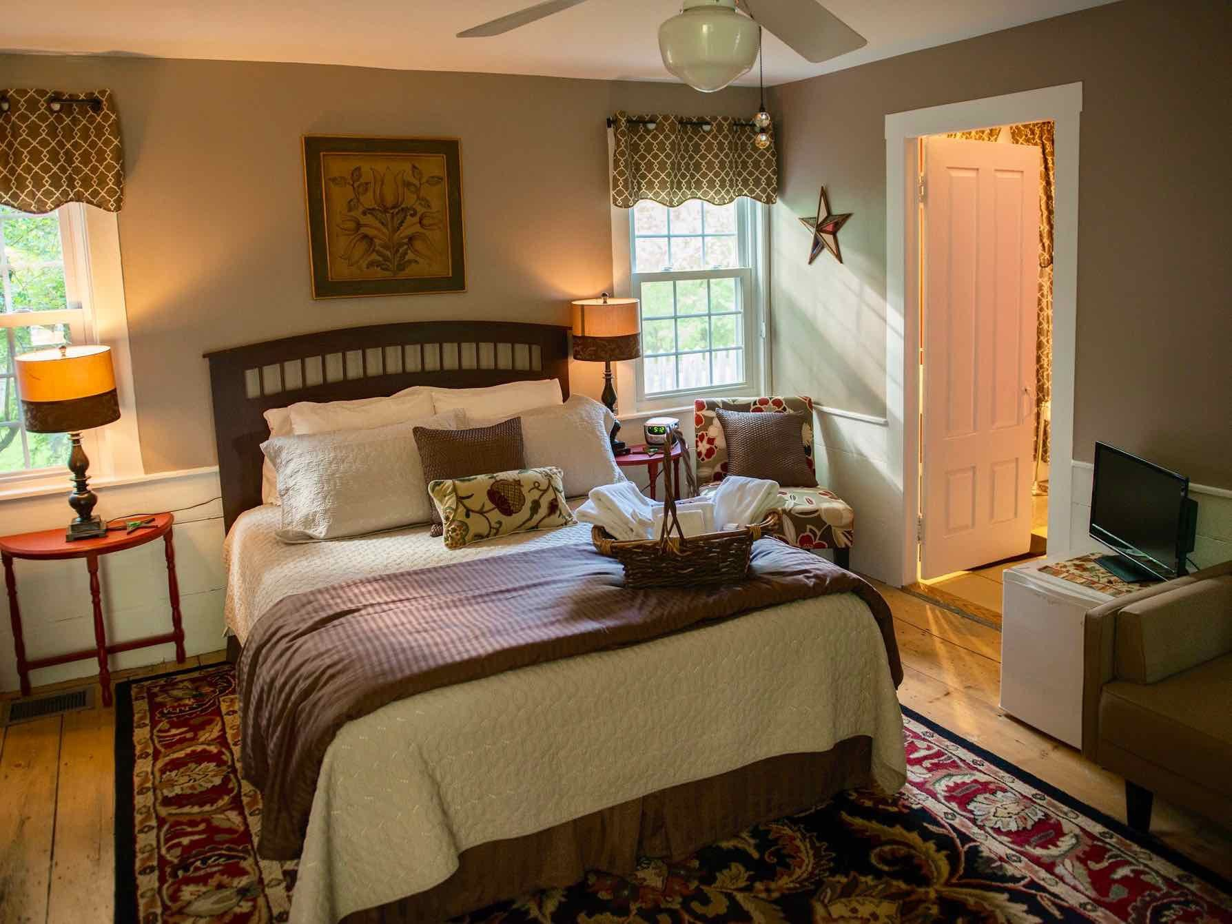 Heritage Suite Bedroom at Coach Stop Inn Bed and Breakfast