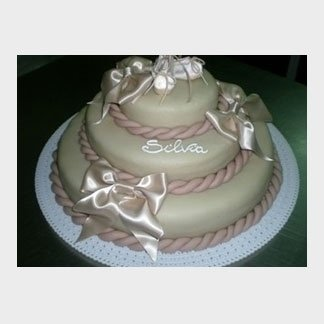 torta con nastri
