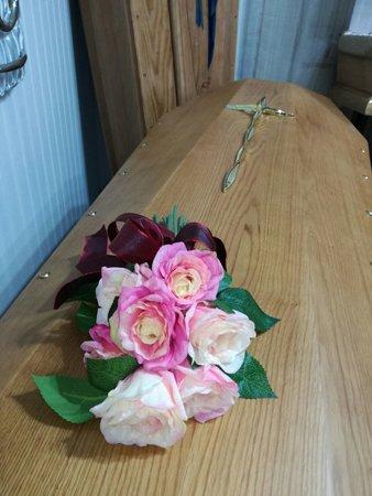 Allestimenti floreali per i cofani