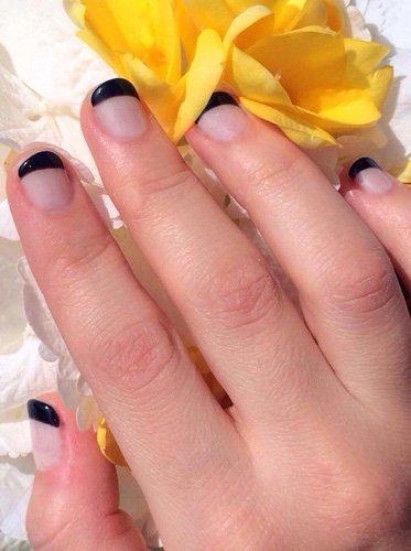French manicure nera