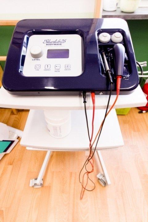 macchina per stimolazioni, rieducazione muscolare, recupero post fratture