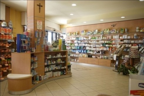 espositori della farmacia