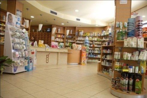 interni della farmacia